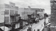 Flagler Street looking East in 1900s