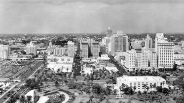 Aerial of Bayfront Park in 1950s.